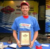 As the overall winner, Scott Weiland earned a $500 Wal-Mart gift card as the Castrol Maximum Performer.