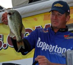 Spending his entire day upriver in the Washington, D.C. area, second place pro Bryan Schmitt finished just 13 ounces off the lead.