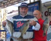 Stephen Smith of Glenwood, Ark., retained his day-one lead in the Co-angler Division of the Stren Series Championship on Table Rock.
