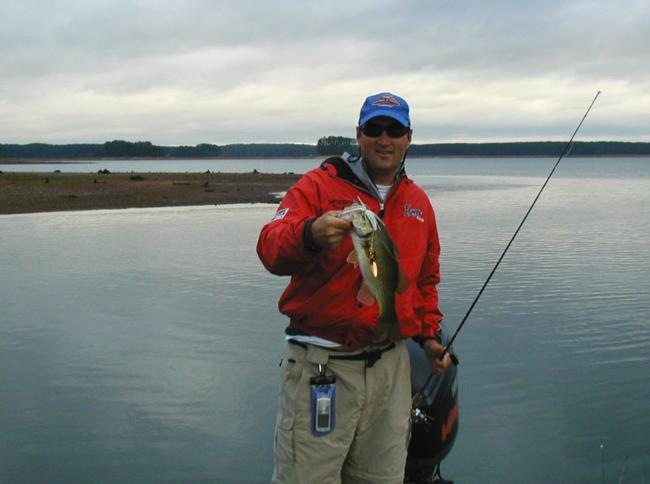 Before the front pushed through at Clarks Hill Lake, the bass were attacking spinnerbaits for Dave Andrews early on the second official practice day.