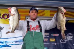 Pro Robert Lee of Angels Camp, Calif., is in fourth after day one at Clear Lake.