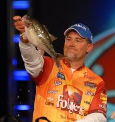 Folgers pro Scott Suggs just missed a win by 10 ounces