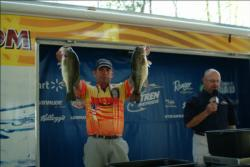 Andy Gaia of Tomball, Texas finished Day 1 with 21 pounds, 11 ounces, good for fourth place in the pro division.