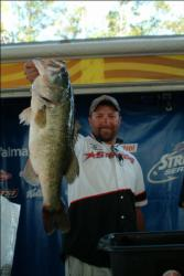 Scotty Villines made a hard charge at the leader, but came up short and in second place with 54 pounds, 2 ounces.