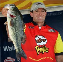 Spending the entire tournament on a 75-yard stretch of shoreline, third place pro Lorenzo Rossetti caught his fish on frogs and buzzbaits.