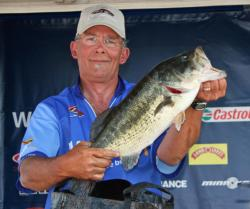 Missing one fish in his limit pulled Rob Wenning down to fourth place.