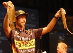 Mike Iaconelli grabs the 5th place spot after day day one with 7-10