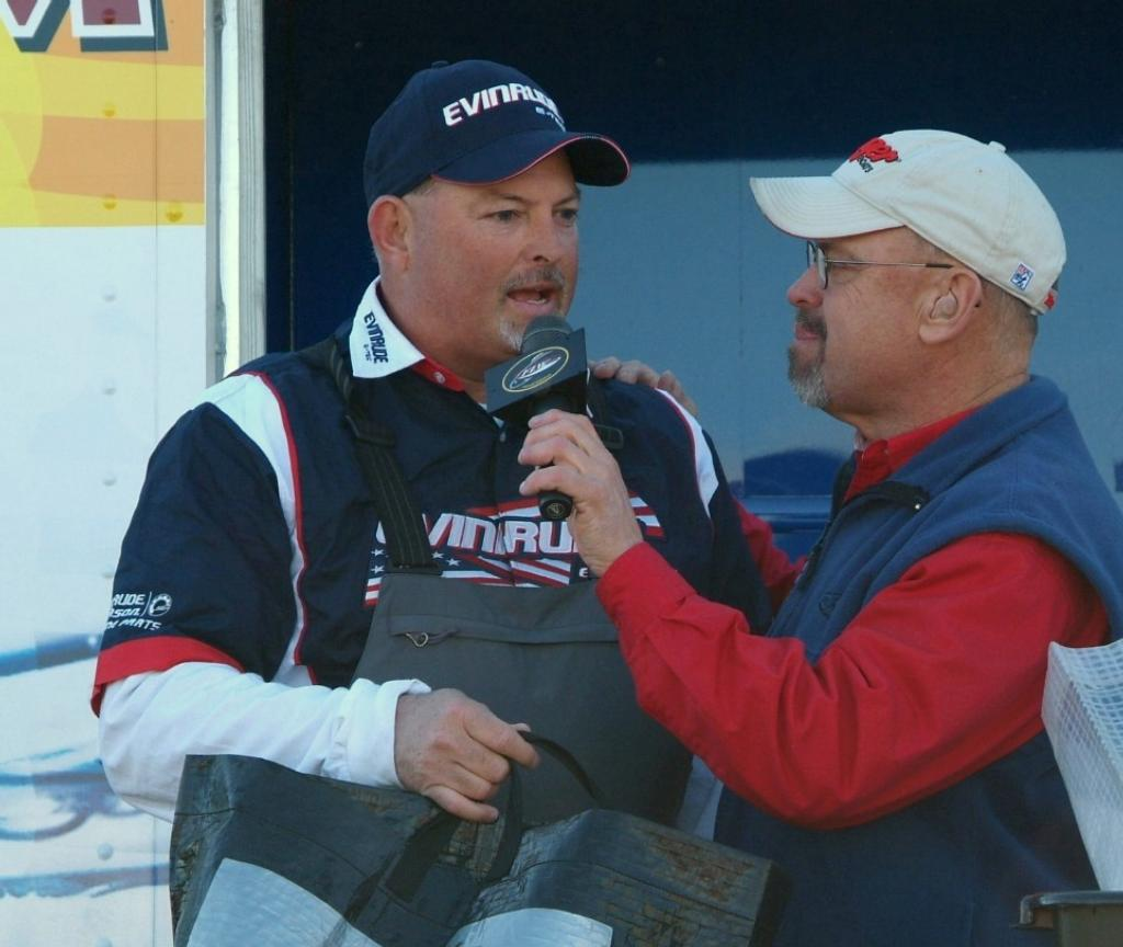 Hope floats on falcon flw fishing articles for Standley lake fishing