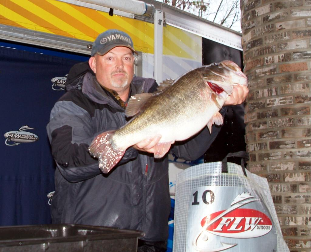 Rambo draws first blood flw fishing articles for Standley lake fishing