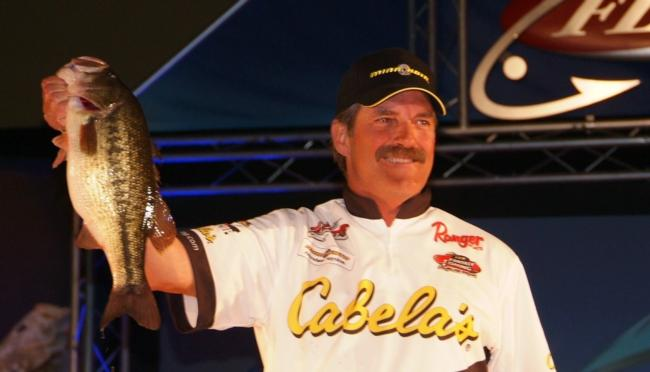 Pro Ron Shuffield caught a 17-pound, 10-ounce limit Saturday to finish the Table Rock event in second place.