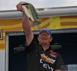 Matt Jones was the only angler to weigh a 20-pound bag.
