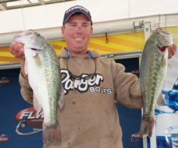 Florida pro Glenn Browne used all largemouths en route to a 17-pound day.
