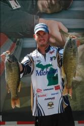 Northern Division boater Jason Knapp of Uniontown, Pa., proudly displays his first-place catch at The Bass Federation National Championship at Watts Bar Lake.