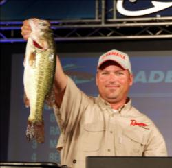 Co-angler Matt King of Olathe, Kan., moved up to fourth on day two with seven bass, 12-4.
