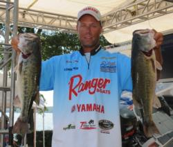Brent Long of Cornelius, N.C., is in second place after day one with 25-11.