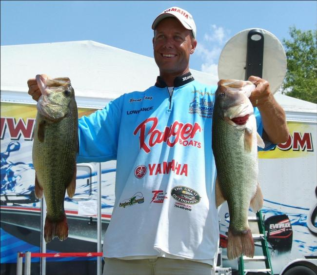 Flw fishing van roy foster jr angler profile for Fish table sweepstakes near me
