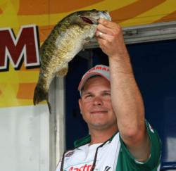 Second place co-angler John Woodroof had the Big Bass in his division on day one.