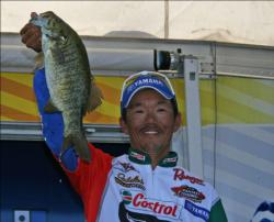 Windy conditions created problems for Shinichi Fukae but he persisted and bagged the day