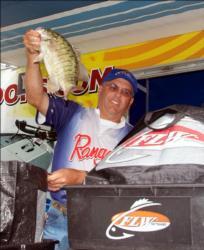 Pro Patrick Roy of Syracuse, N.Y., placed fourth.
