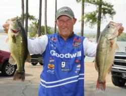 Goodwill pro Wesley Strader of Spring City, Tenn., brought 14 pounds, 6 ounces to the scales today to move up into fifth place with a two-day total of 25-10.