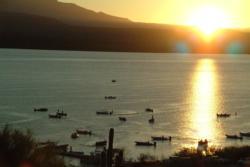 Dawn breaks over Lake Roosevelt.