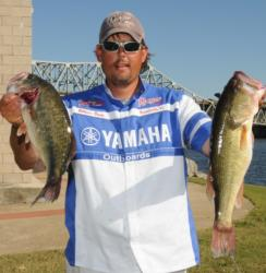 William Davis of Sheffield, Ala., brought in 15 pounds, 6 ounces to hold his second place position with a two-day total of 34 pounds, 5 ounces.
