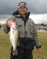 Kevin Snider of Elizabethtown, Ky., is in the runner-up spot with a two-day total of 26 pounds, 7 ounces.