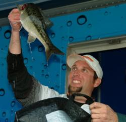 Pro Richard Dobyns of Yuba City, Calif., finished in second place overall at the EverStart event on Lake Shasta.