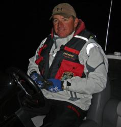 Local pro Mark Kile will continue slow rolling a 1/2-ounce spinnerbait across brushy points.