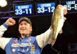 Pickens Plan pro Randy Blaukat rallied to fourth place on a strength of a 14-pound, 13-ounce limit.