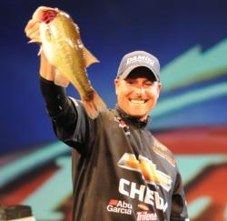 The exclamation point: Bryan Thrift seals victory with a 4-pounder