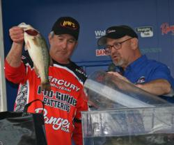 Jigging in heavy cover delivered a fifth place finish for Peter Wenners.