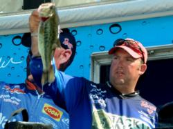 On the strength of a three-day catch of 48 pounds, 15 ounces, pro Joe Elkouri of Lawton, Okla., finished the EverStart Toledo Bend event in sixth place.