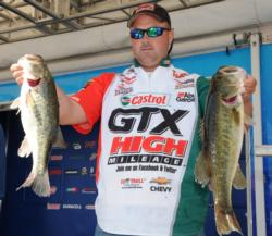 Castrol pro David Dudley holds down third place with 20 pounds.