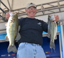 Second-place pro Tom Monsoor has a two-day total of 33 pounds, 7 ounces.