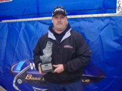 Non-boater Michael Swift of Alma, Ill., parlayed a catch of 15 pounds, 15 ounces into a first-place finish at the Walmart BFL LBL Division event on Kentucky/Barkley lakes. Swift won a first-place prize of $2,100.
