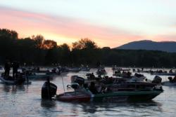Anglers prepare for the opening takeoff in the 2011 TBF National Championship on NickaJack Lake in Tennessee.