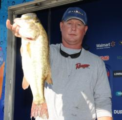 In second place is Lake Eufaula local powerhouse Ryan Ingram of Phenix City, Ala., with five bass weighing 17 pounds, 2 ounces.