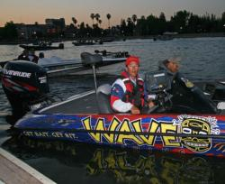 Wave pro Gabe Bolivar saw a new group of spawners move up to the shoreline during his final practice day.