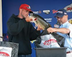 A chunky 6-pounder anchored Kyle Baker