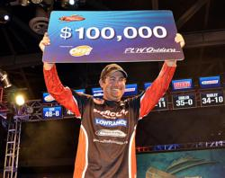 Pro John Cox picked up his first Tour win Saturday on the Red River after coming close in the past.
