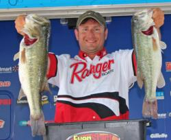 A last-minute decision to stay on Pickwick Lake paid off for third place pro Curtis McGuire.