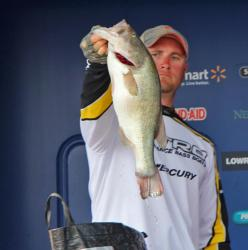 Strike King spoons and 6 XD crankbaits did the trick for second-place pro Anthony Goggins.