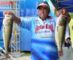 Tony Dumitras leads the Co-angler Division with five bass weighing 20 pounds, 7 ounces.