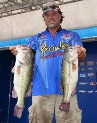 Pro Kevin Snider rallied to fourth on the strength of a 22-pound, 2-ounce stringer.