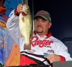 Glenn Babineau caught another solid limit and held onto the third-place spot.
