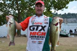 First-place AOY contender David Dudley of Lynchburg, Va., proudly displays his eighth-place catch on Pickwick Lake.