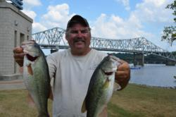 Co-angler Dan Thill of Lacrosse, Wisc., finished the day in second place.