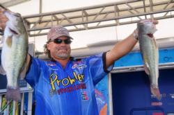 Kevin Snider of Elizabethtown, Ky., finished the Pickwick Lake FLW Tour event in second place.
