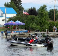 With a light wind blowing at the day-one boat check, anglers will have good conditions to run and try multiple spots.